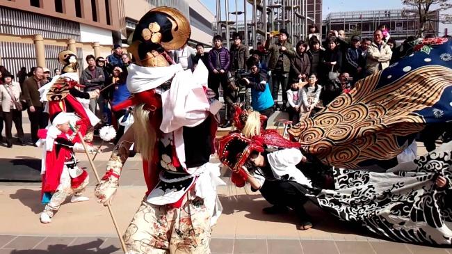 北陸新幹線新高岡駅開業記念イベント 氷見上伊勢の獅子舞